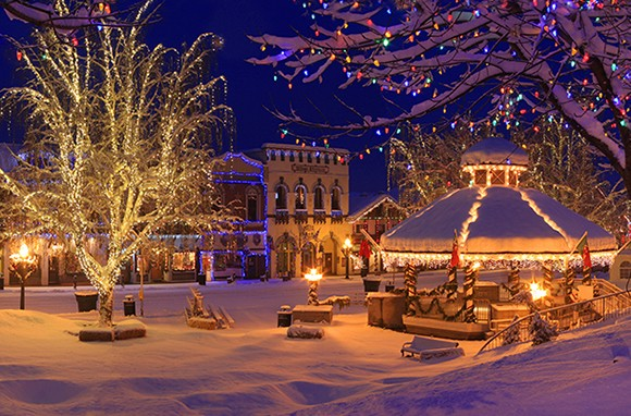 10 Best Small Towns for the Holidays