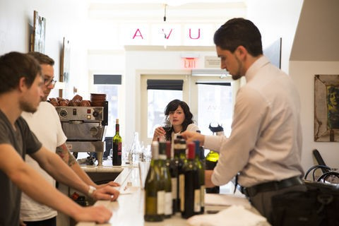San Francisco's Happy Hours: A Traveler's Guide