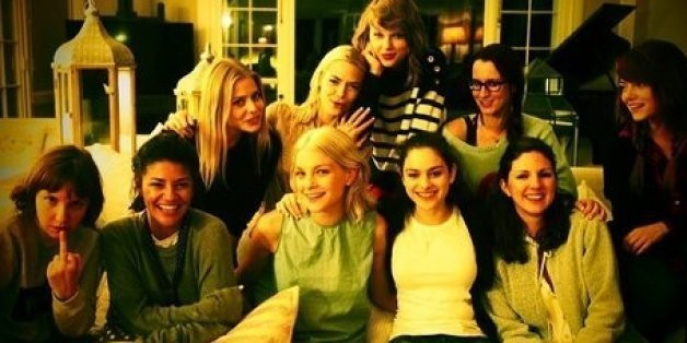 Taylor Swift Shares 'Family Portrait' With Lena Dunham, Emma Stone, Other Famous Ladies