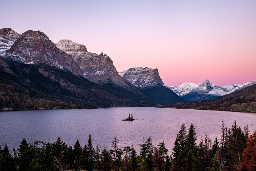 5 Reasons to Visit Montana: Epic Hiking Trails in Glacier National Park