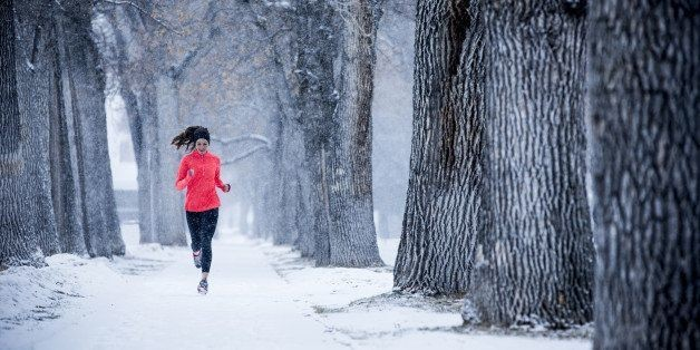 7 Big Benefits Of Exercising Outside This Winter | HuffPost Life