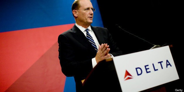 Delta CEO Richard Anderson Gives Up Seat On Flight For Mom Late To Pick Up Daughter | HuffPost Life