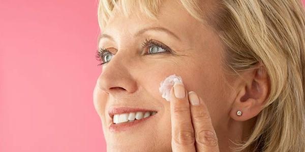 7 Best Anti-Aging Beauty Secrets