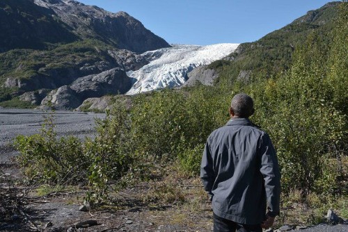Sarah Palin Claims Glaciers Are Growing, So Obviously Humans Didn't Cause Climate Change