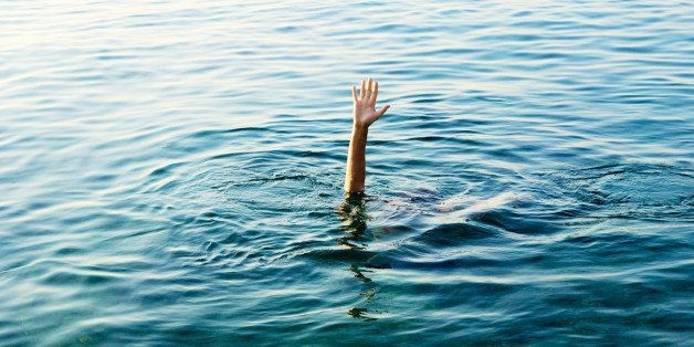 17 Signs You're Actually Addicted To The Ocean | HuffPost Life