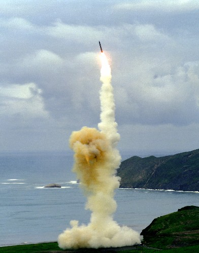 Why Are U.S. Nuclear Missiles Still On High-Alert?