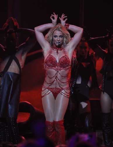Britney Spears Vintage Video Answers Question: Can The Star Really Sing?