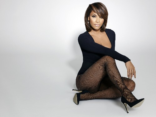"""On the """"A"""" w/Souleo: Teedra Moses Overcomes Insecurity to Release Sophomore Album Ten Years After Debut"""