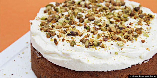 Carrot Cake With Cardamom, Currants and Ginger-Crᅢᄄme Fraᅢᆴche Chantilly