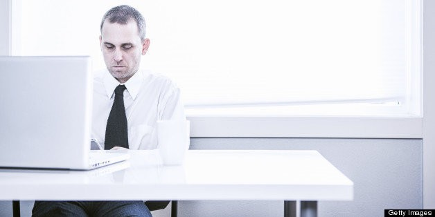 Distracted At Work? 5 Obstacles Getting In Your Way, And How To Get Past Them | HuffPost Life
