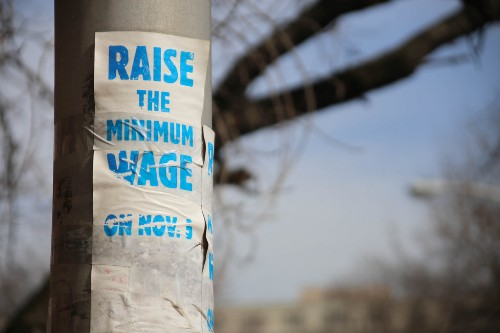 California Minimum Wage Increase Is a Win for the Reproductive Justice Movement