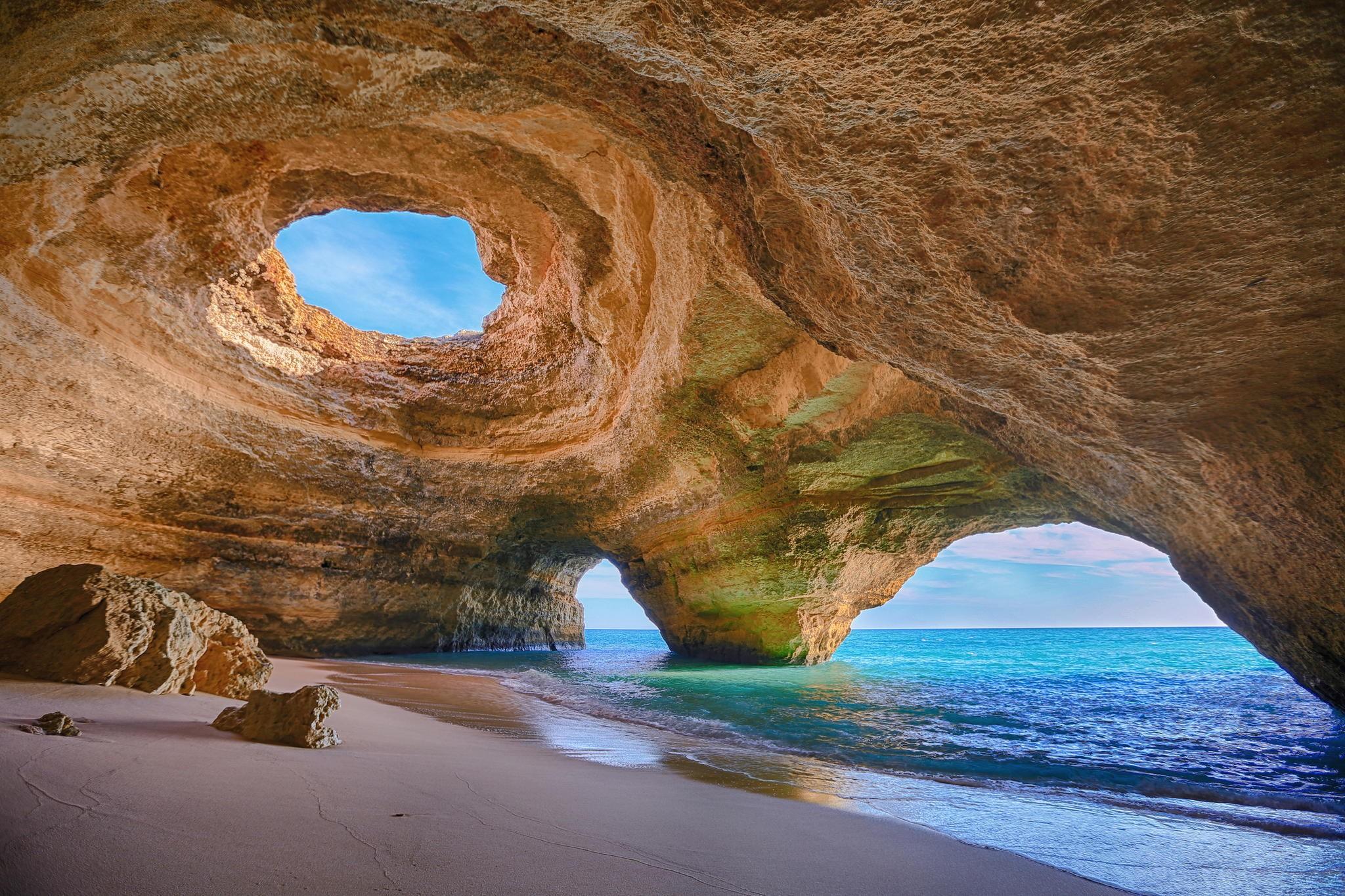 The Algarve - Cover