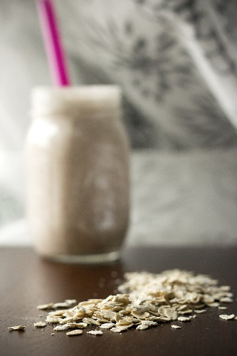 Healthy Oatmeal Smoothies for Breakfast