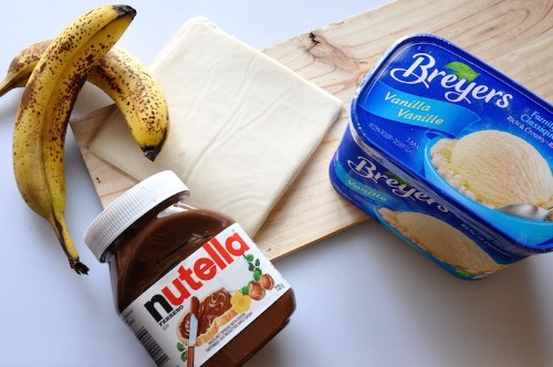 How to Make 3-Ingredient Banana and Nutella Spring Rolls