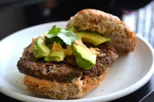 How to Make the Best Meatless Burger (in Less Than 20 Minutes)