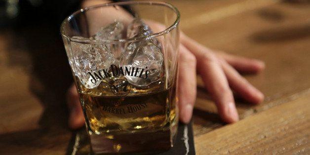 Jack Daniel's Taste Taster, Lynne Tolley, Has A Whiskey Lover's Dream Job | HuffPost Life