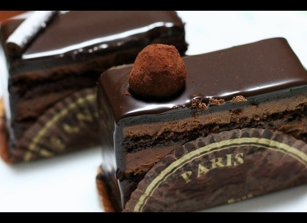 Chocolate Lover's Guide to Paris