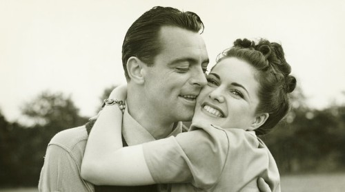 10 Habits Of People In The Happiest Relationships