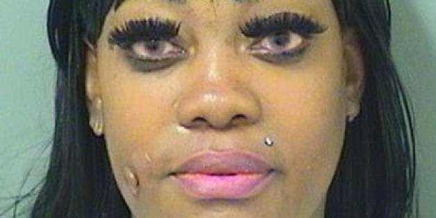 Shakara Martin, Naked Florida Woman, Arrested After 'Scaring People' At Dunkin' Donuts