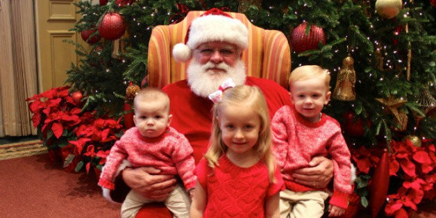 20 Things Your Mall Santa Is Thinking   HuffPost Life