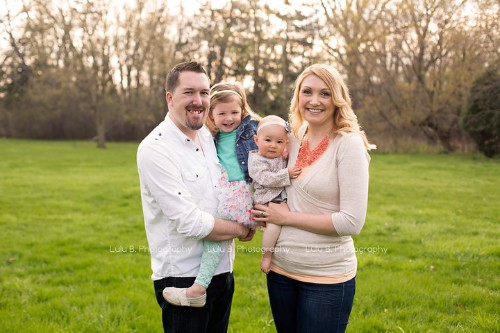 Moving Family Portrait Helps Parents Heal After Infant Loss | HuffPost Life
