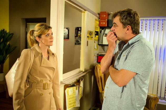 'Coronation Street' Spoilers: Leanne Battersby Prepares To Say Farewell To Weatherfield