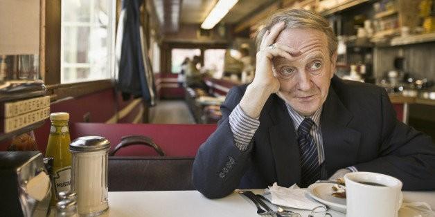 The Top 12 Ways Restaurants Piss People Off | HuffPost Life
