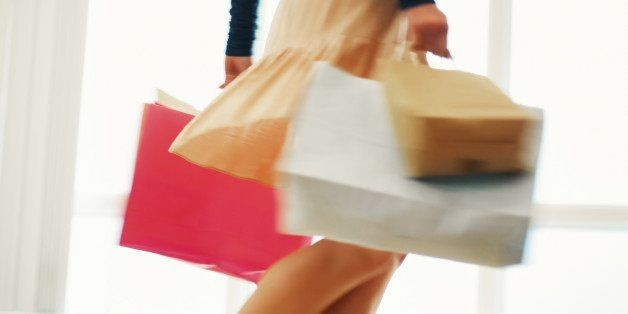 8 Reasons Shopping Alone Is The Greatest