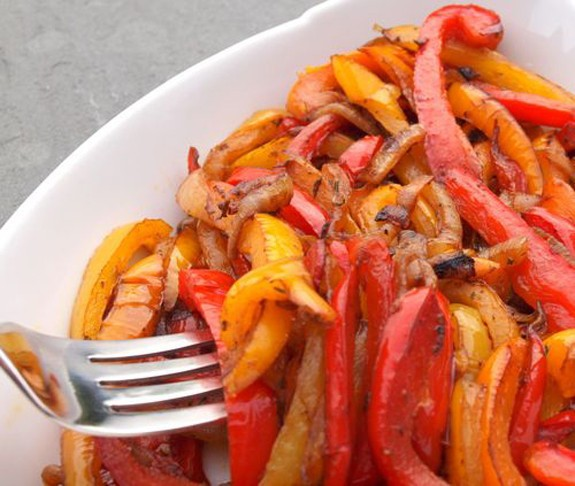 5 Figure-Friendly Recipes Featuring Peppers
