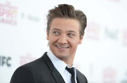 Jeremy Renner Baby: 'Bourne Legacy' Actor Welcomes First Child (REPORT)