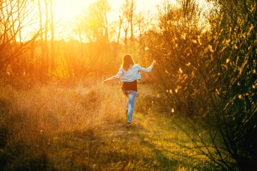 11 Powerful Tips to Keep Your Spirits Bright