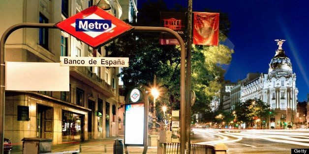 Paris Metro, London Tube And Other Mass Transit Signs Around The World | HuffPost Life