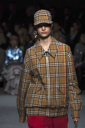 Burberry Apologises And Removes 'Noose' Hoodie After Model's Complaints