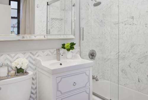 5 Tips for Decorating a Small Bathroom