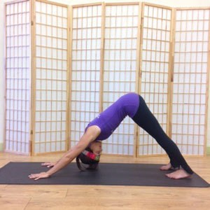 Fight Burnout at Work With This Quick Yoga Routine