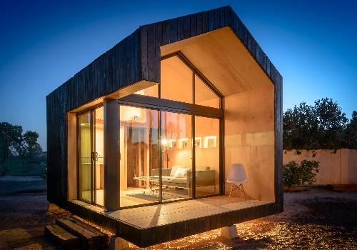 17 Tiny Dream Homes Under 200 Square Feet