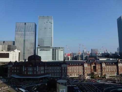 「東京駅開業100周年記念Suica」の大ヒットで、同業他社に影響を与えるか?