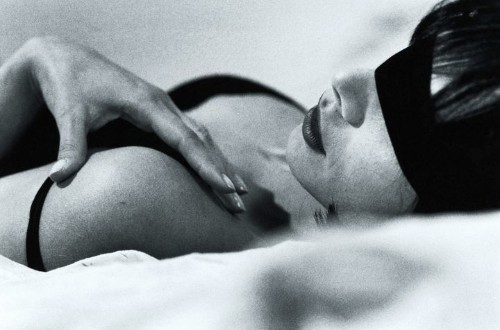 6 Of The Most Common Sexual Fantasies, According To Sex Therapists | HuffPost Life