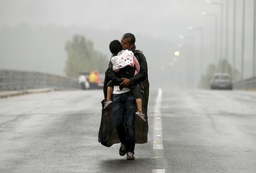 This Poignant Photo Perfectly Sums Up The European Refugee Crisis
