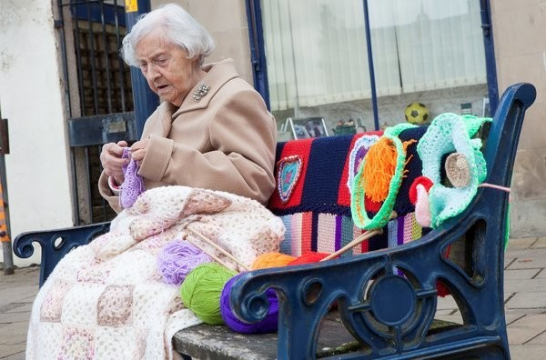 104-Year-Old 'Yarn Bomber' Spreads Her 'Graffiti' All Over Town