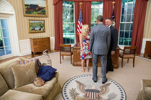 From The Oval Office To The Great Wall Of China: A Look At The Best White House Photos Of 2014