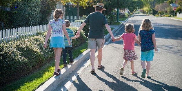 Residents Of Walk-Friendly, Dense Neighborhoods May Have Lower Diabetes Risk | HuffPost Life