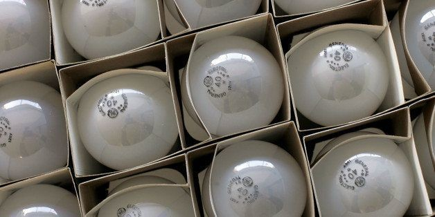 Only 4 In 10 Americans Are Aware Of The Incandescent Lightbulb Phase-Out