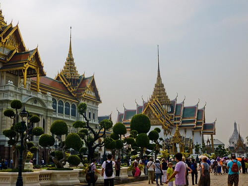 Travel in Bangkok: An Insider's Guide to What to See and Do