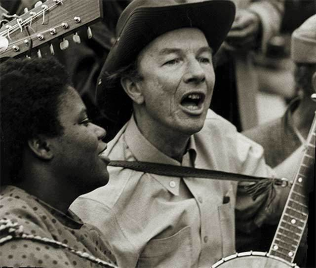 At Selma and Around the World, Pete Seeger Brought Us Closer Together