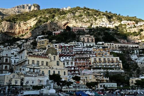 How to Tour the Amalfi Coast on a Budget