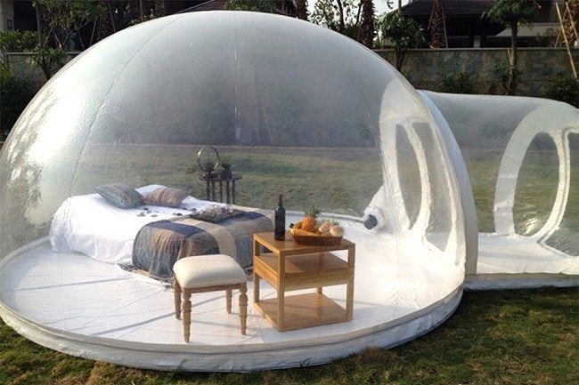 You Can Legitamtely Sleep Under The Stars In This Clear Bubble Tent