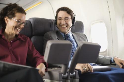 12 Horrendous Airplane Passengers You Meet At 39,000 Feet