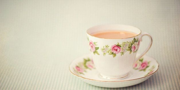British Tea Etiquette: How to Drink it Downton Abbey-Style