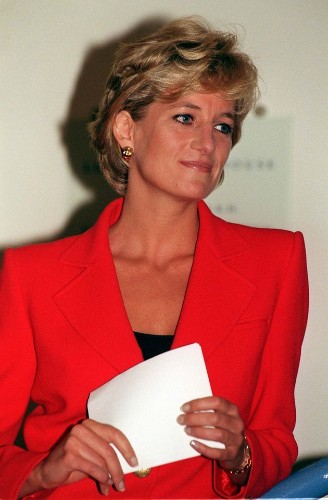 Princess Diana Death: 6 Times The Royal Family And The Media Clashed